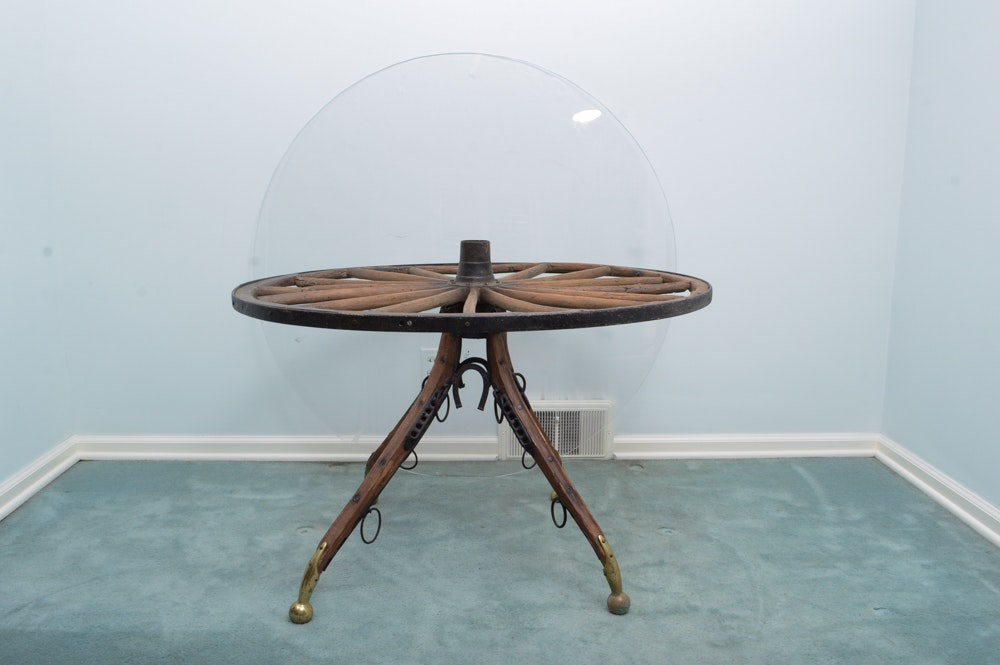 Merveilleux Wagon Wheel Table With Horse Harness Legs ...