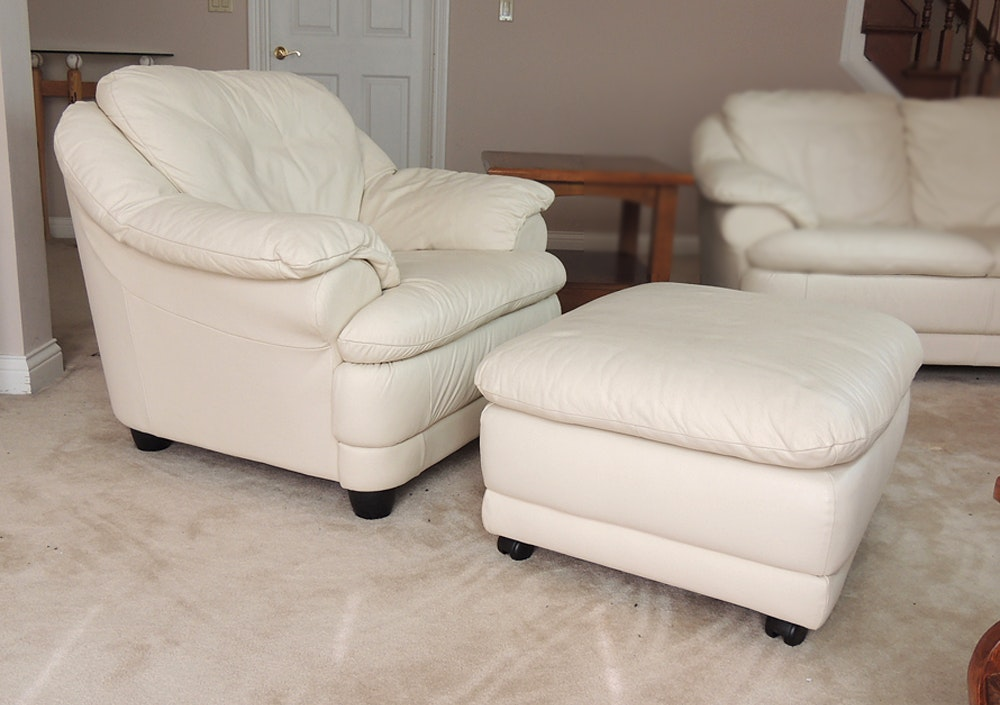 Attirant Off White Leather Chair And Ottoman ...