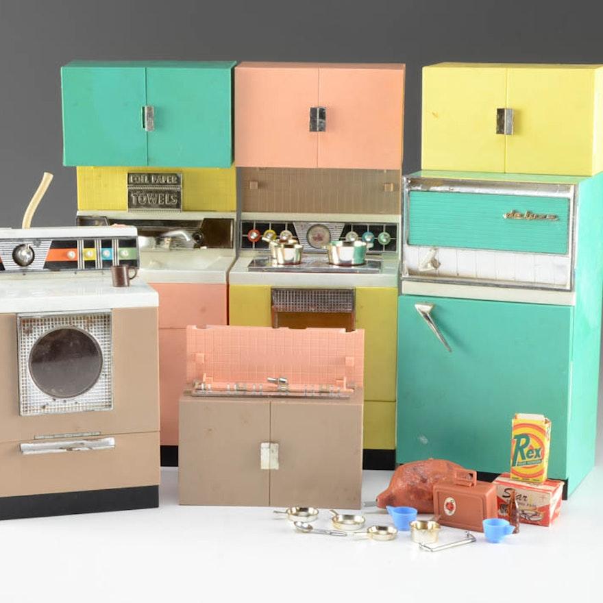 Vintage Barbie Kitchen Appliances