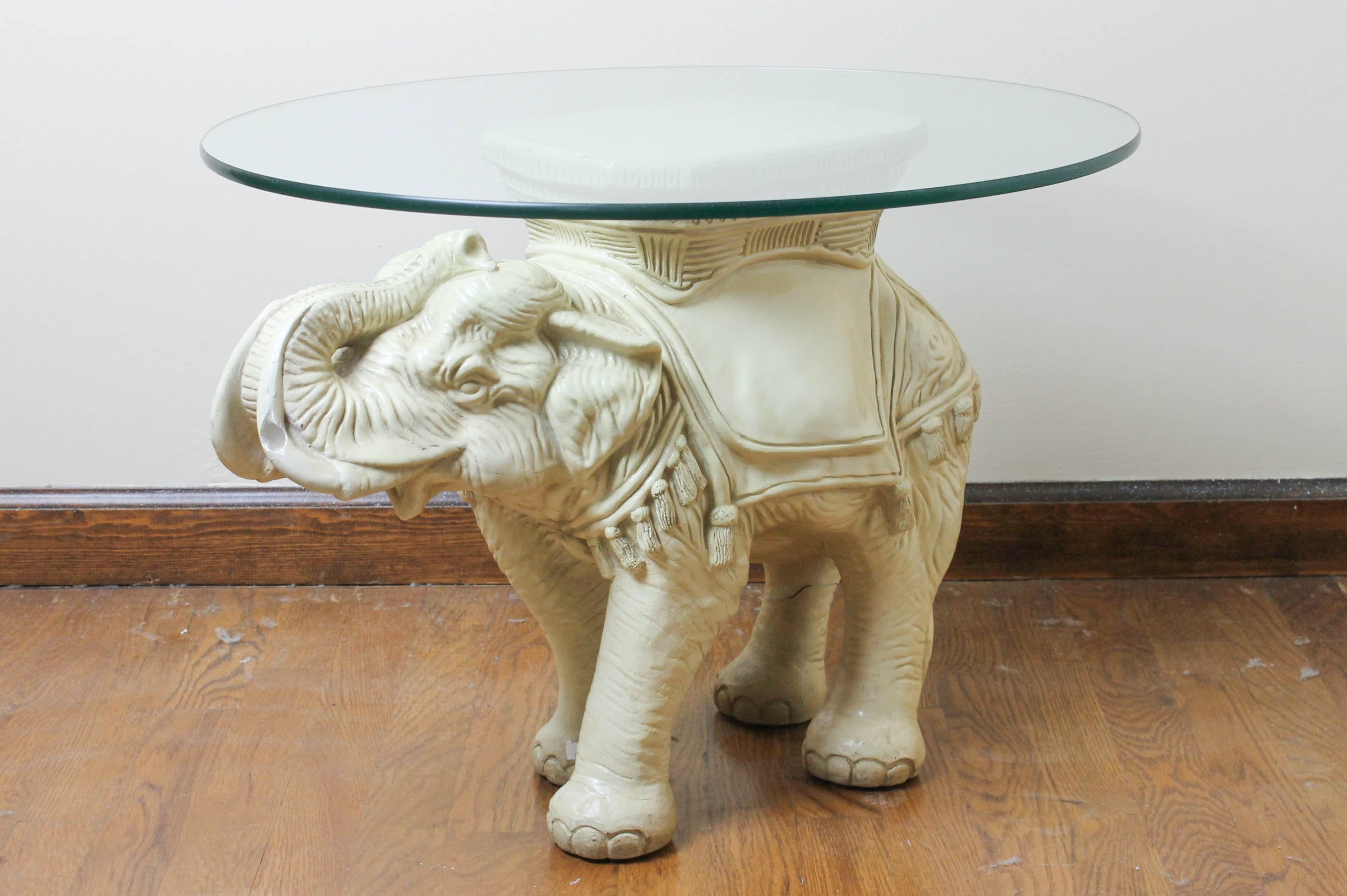 Superbe Elephant Table Base And Glass Top ...