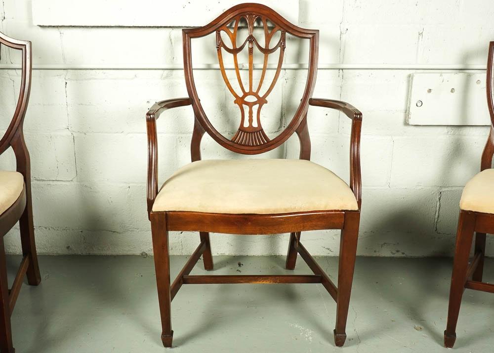 Vintage Hepplewhite Style Shield-Back Dining Chair Set | EBTH