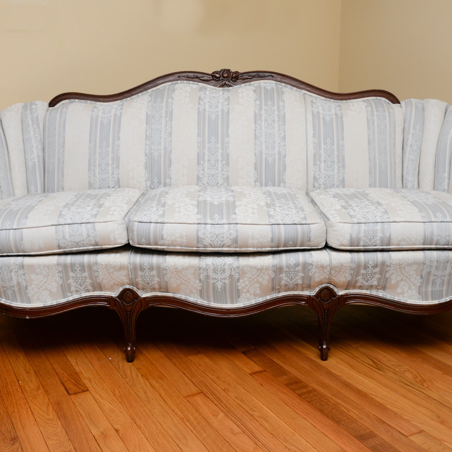 French Provincial Sofa 1x1