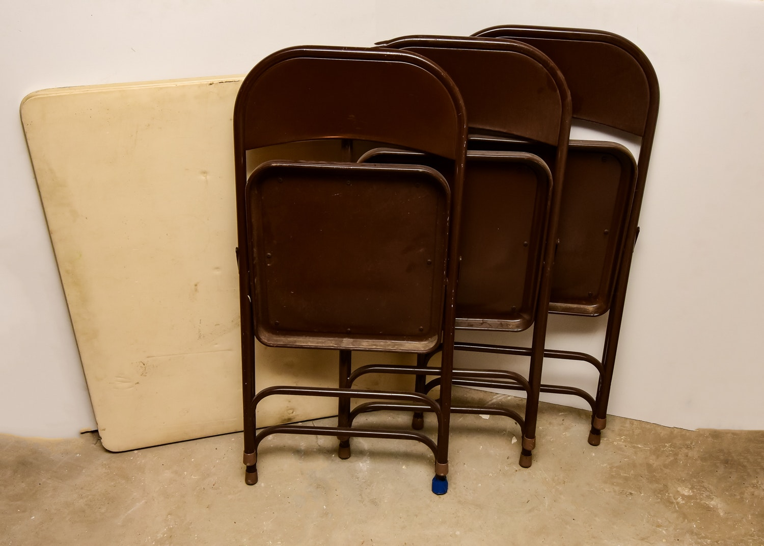 Folding Card Table and Chairs EBTH
