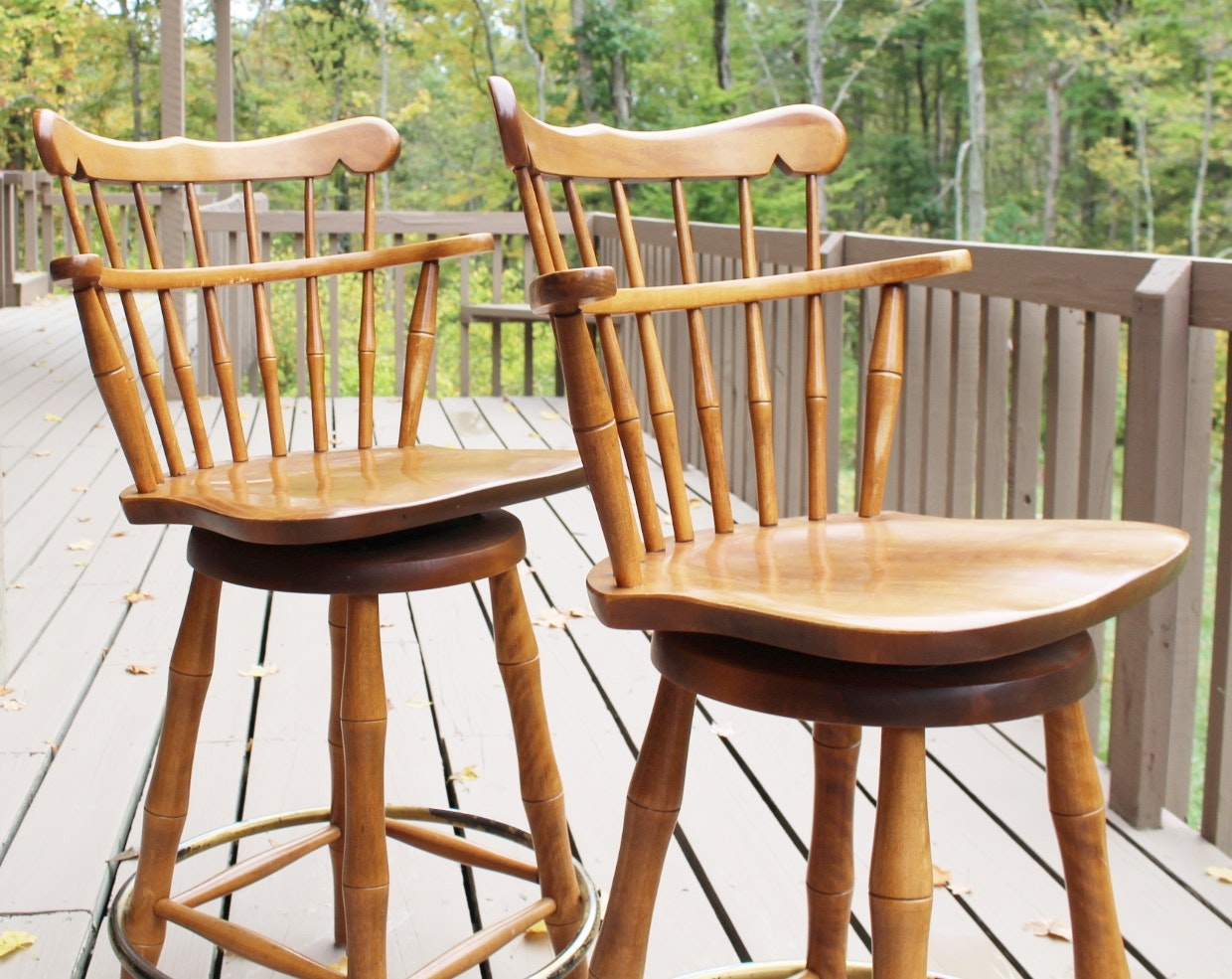 Colonial S Bent U0026 Bros. Maple Swivel Bar Stools ...