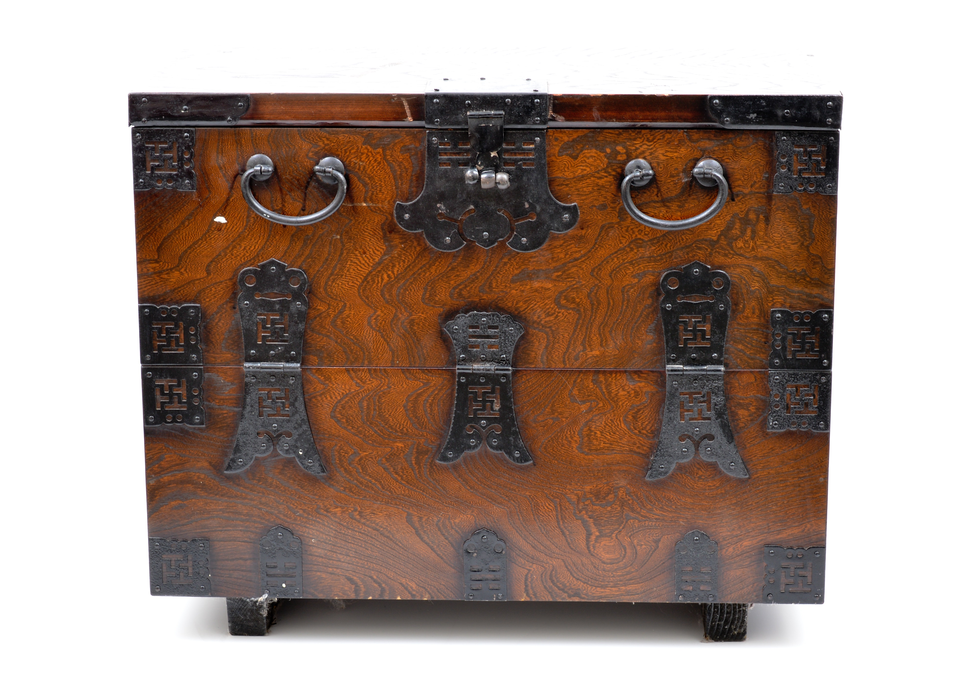 Exceptionnel Asian Style Drop Front Storage Chest