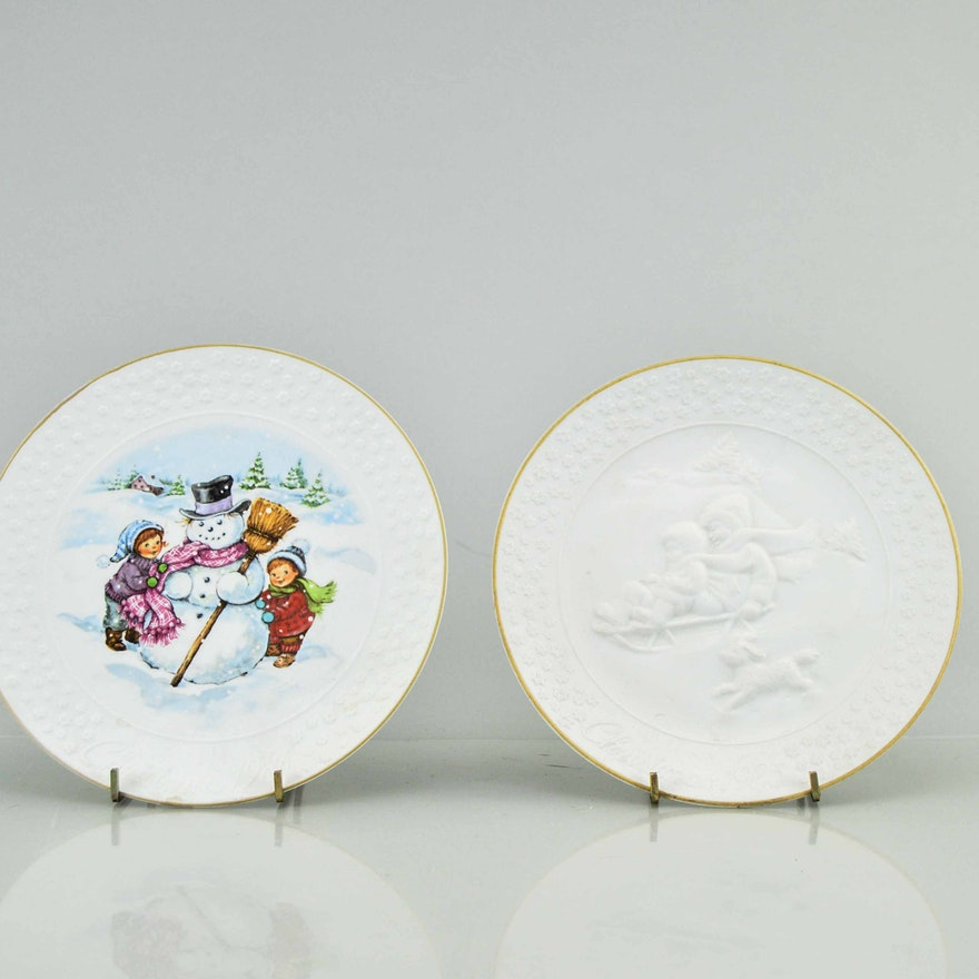 pair of vintage gold trimmed christmas plates by avon