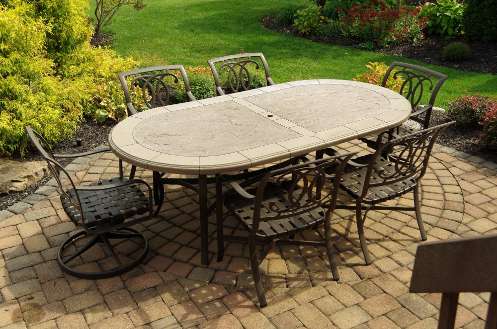 Tropitone Stoneworks Collection Patio Table And Six Chairs ...
