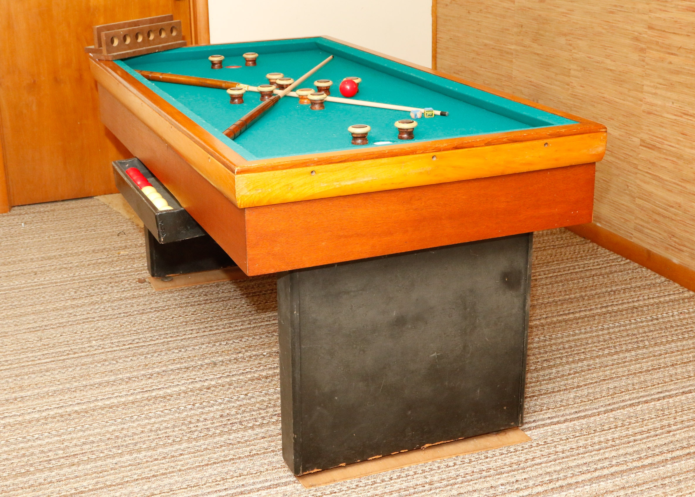Vintage Bumper Pool Table ...