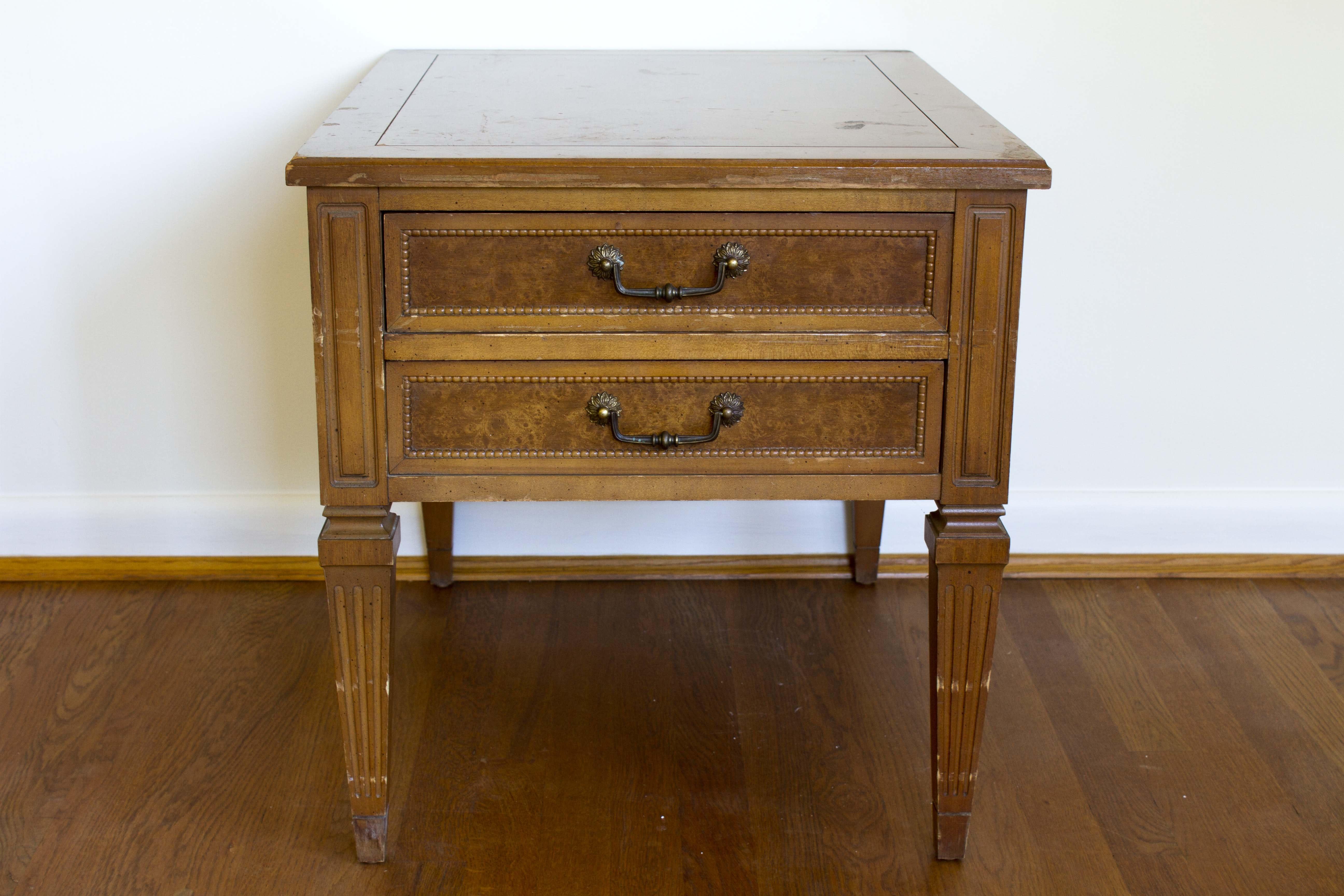 Vintage Louis XVI Style Hammary End Table ...