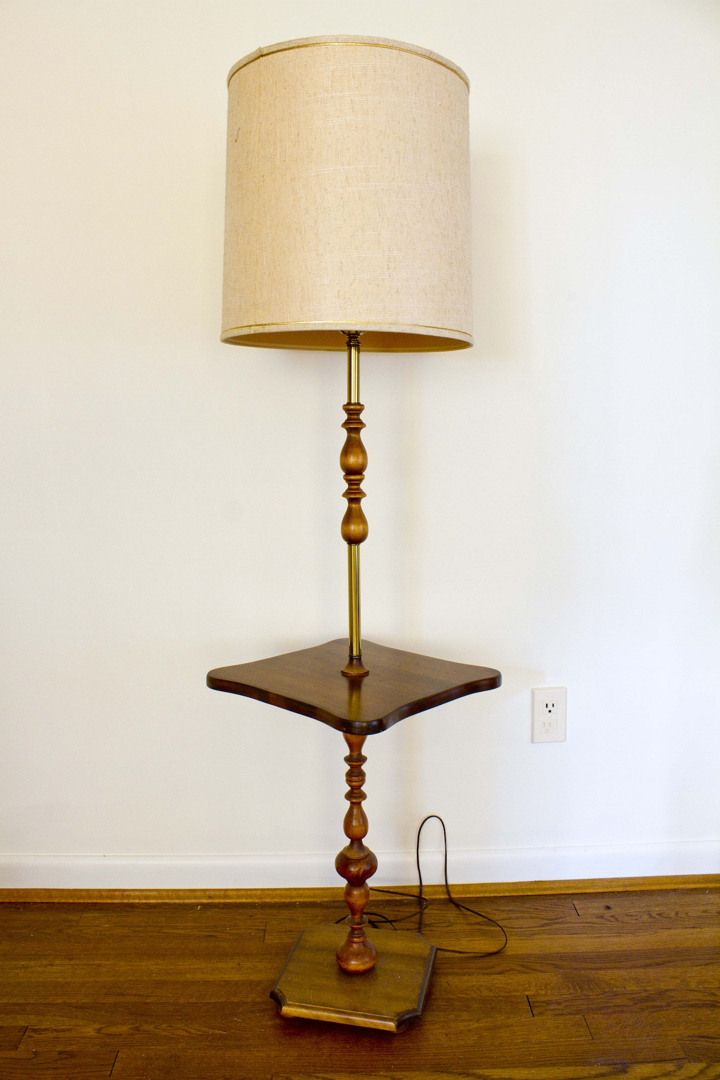 Vintage Floor Lamp with Tray Table | EBTH