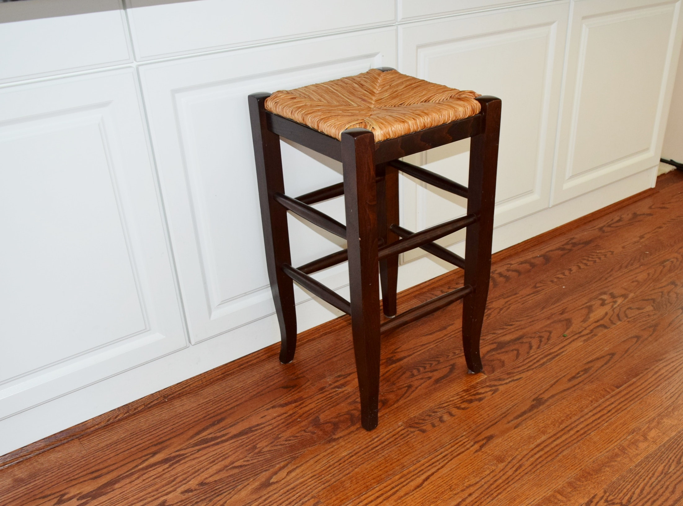 Pottery Barn quotNapoleonquot Rush Seat Counter Bar Stool EBTH : DSC0940JPGixlibrb 11 from www.ebth.com size 880 x 906 jpeg 147kB