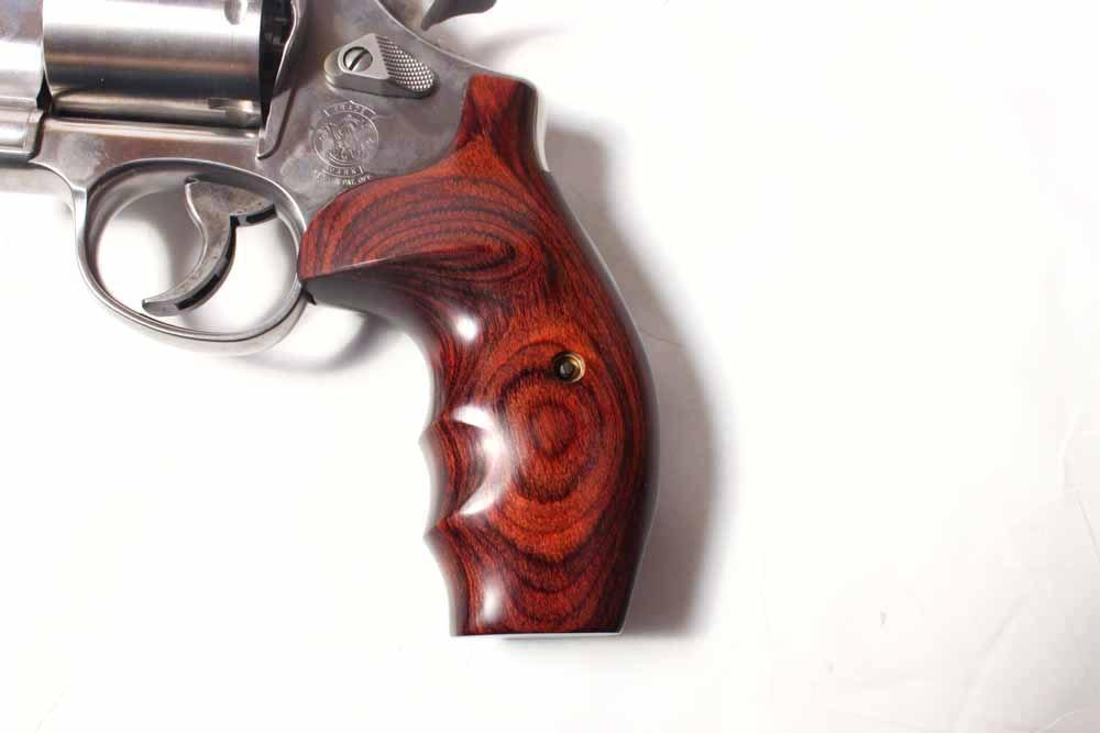 Smith & Wesson Model 629 .44 Magnum Snub Nose Revolver | EBTH44 Magnum Snub Nose Revolver