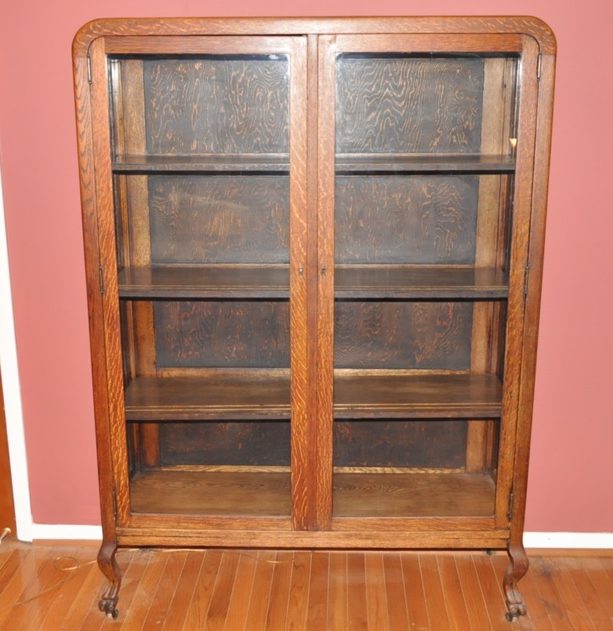 Antique Quartersawn Oak And Glass China Cabinet Ebth