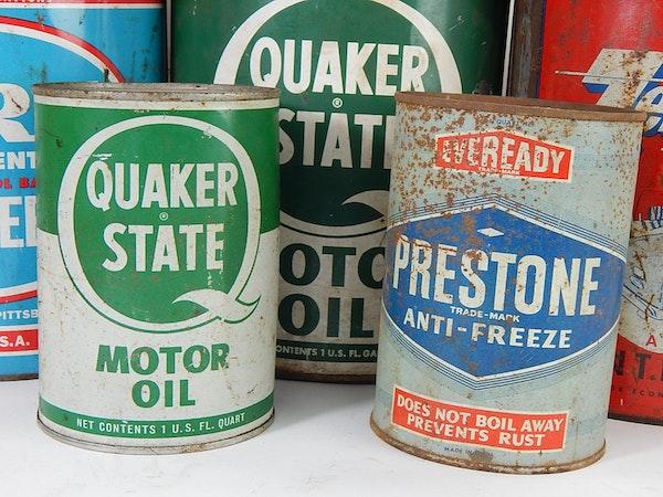 Vintage Motor Oil Can Advertising Ebth