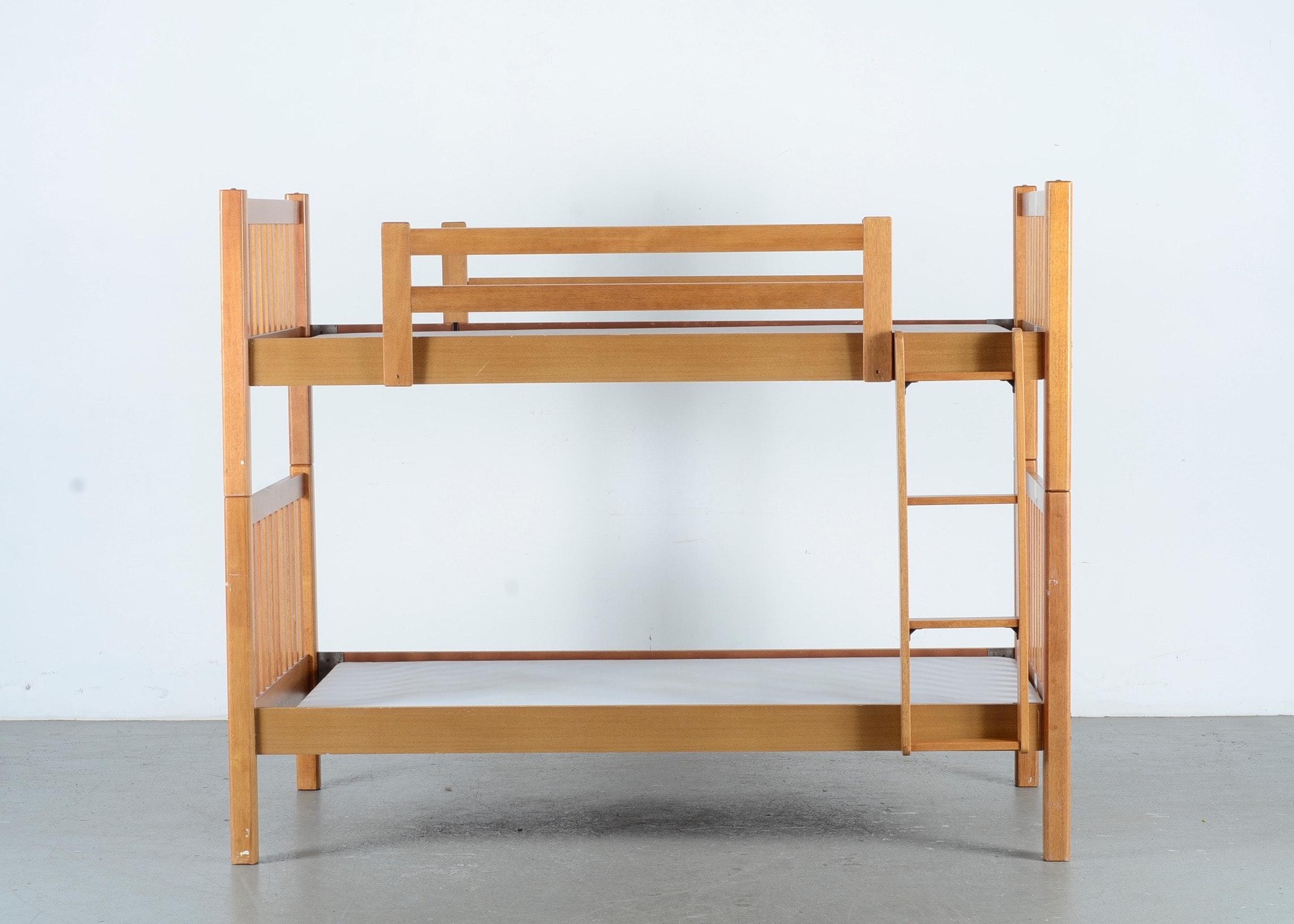 Lea Industries Ginger Oak Bunk Beds ...