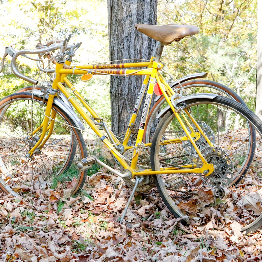 Pair of 1970's Huffy Scout 10-Speed Road Bikes