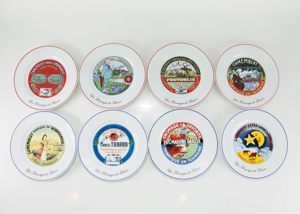 Set of Kiss that Frog Plates ...  sc 1 st  EBTH.com & Set of Kiss that Frog Plates : EBTH