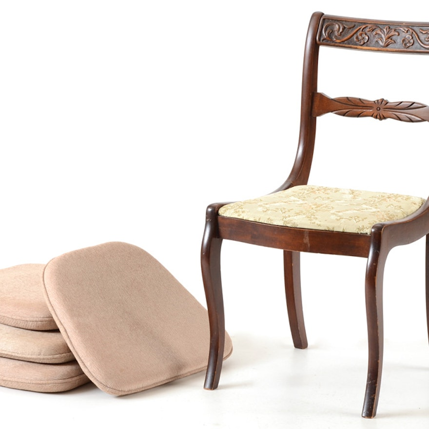 Upholstered Chair with Four Seat Cushions