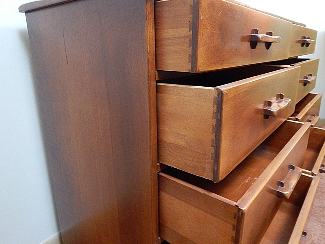 Vintage Cushman Colonial Creations Maple Dresser 1930s Ebth