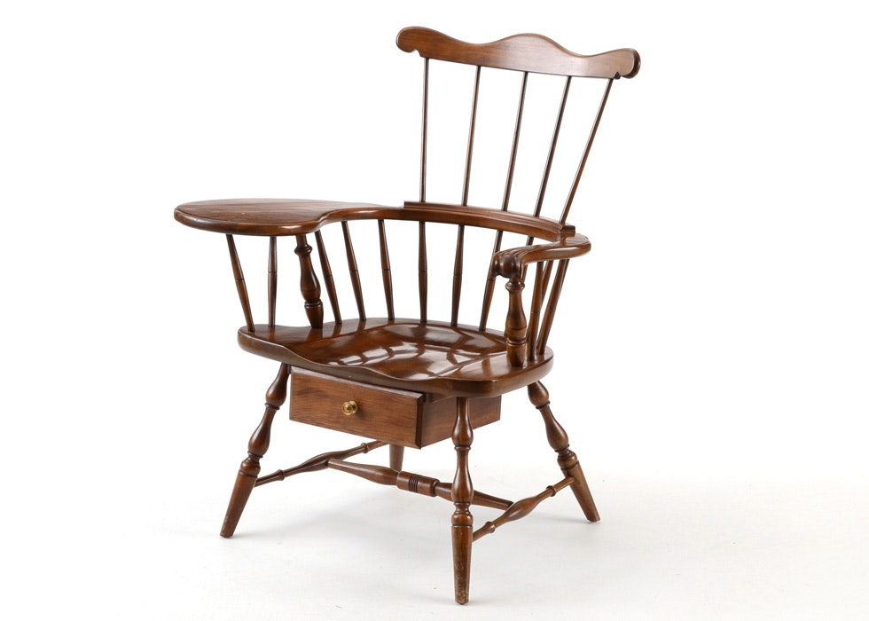 Pennsylvania House Comb Back Windsor Chair With Writing Arm ...