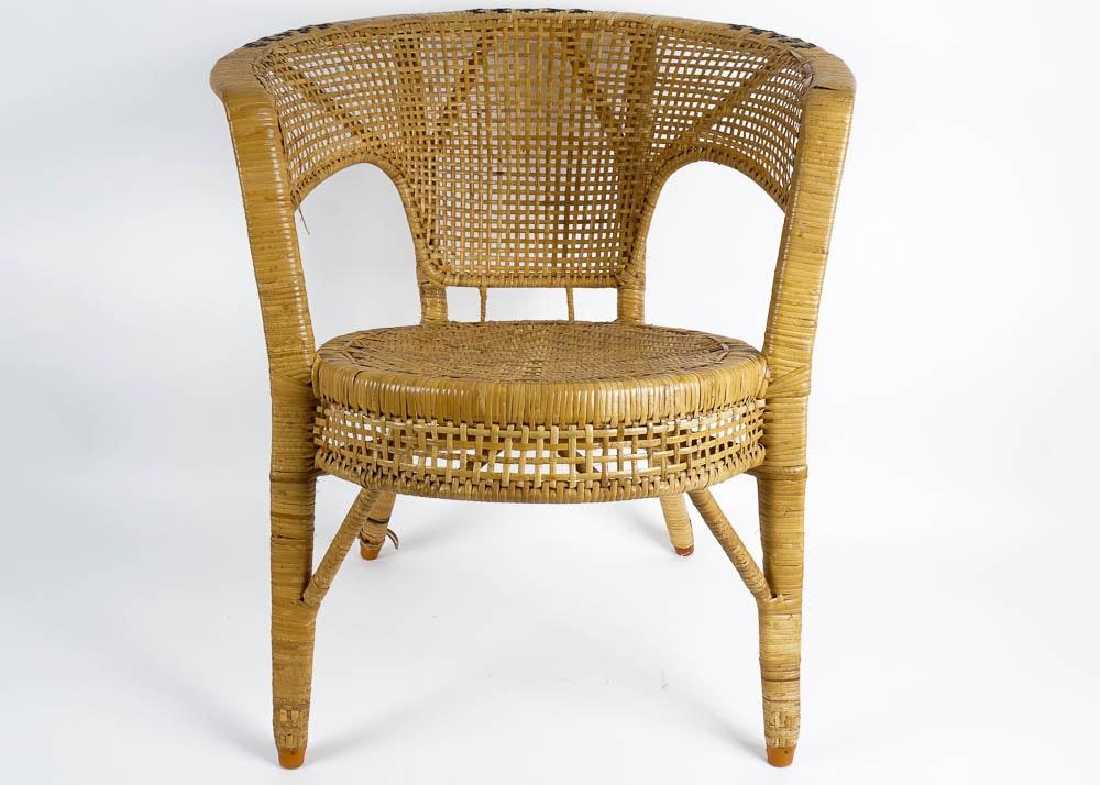Barrel Shaped Wicker Chair ...