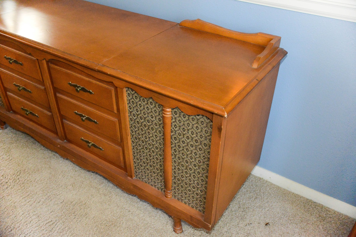 Vintage 1960s Catalina Stereo Console Ebth