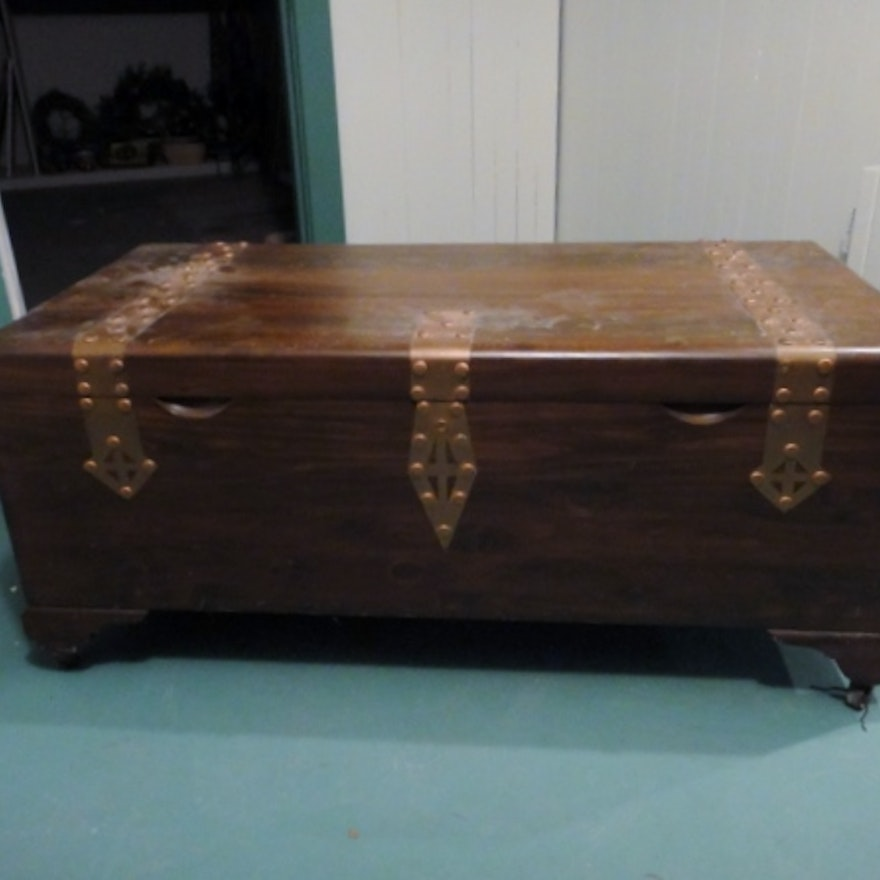 Tennessee Red Cedar Chest By