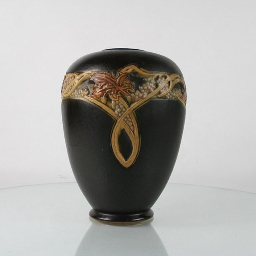 1925 Roseville Pottery Rosecraft Vintage Vase Ebth