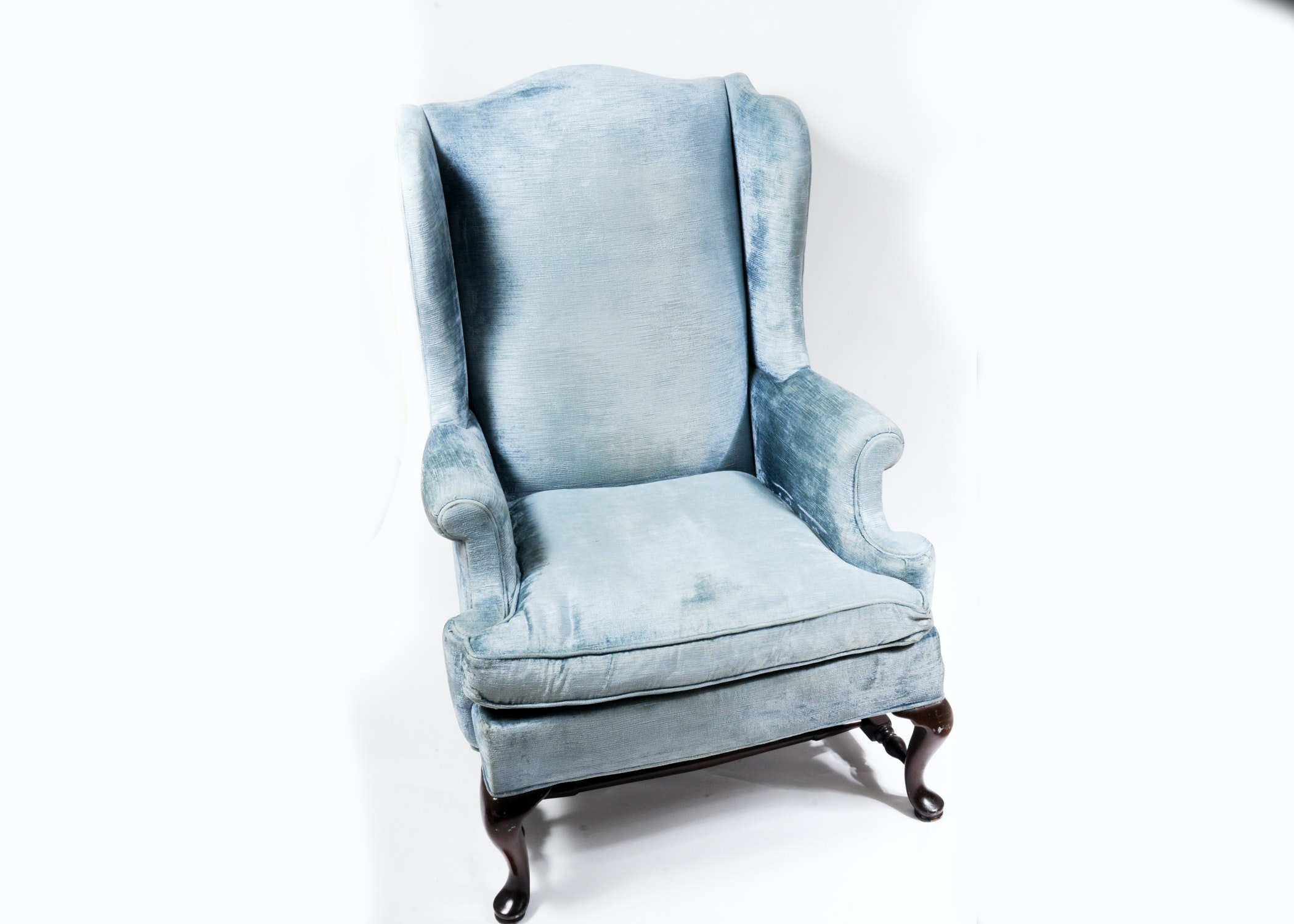 Queen Anne Style Blue Velvet Wingback Chair ...  sc 1 st  EBTH.com : blue velvet wingback chair - Cheerinfomania.Com