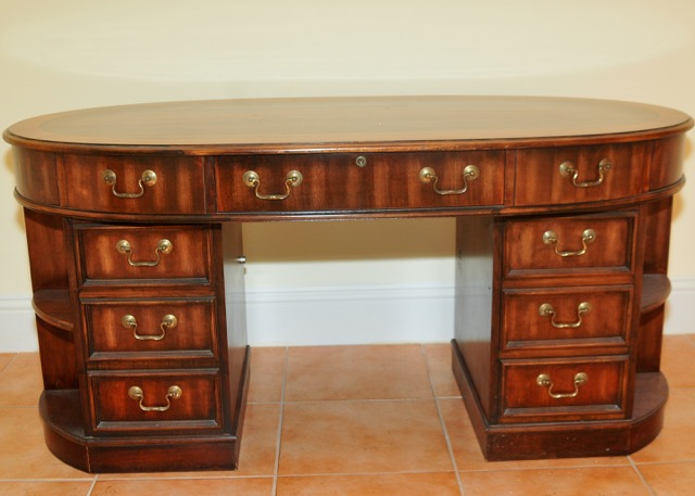 desk in oval office. Oval Office Desk Desk In Oval Office