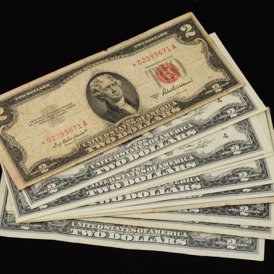Group of (10) different Two dollar Bills