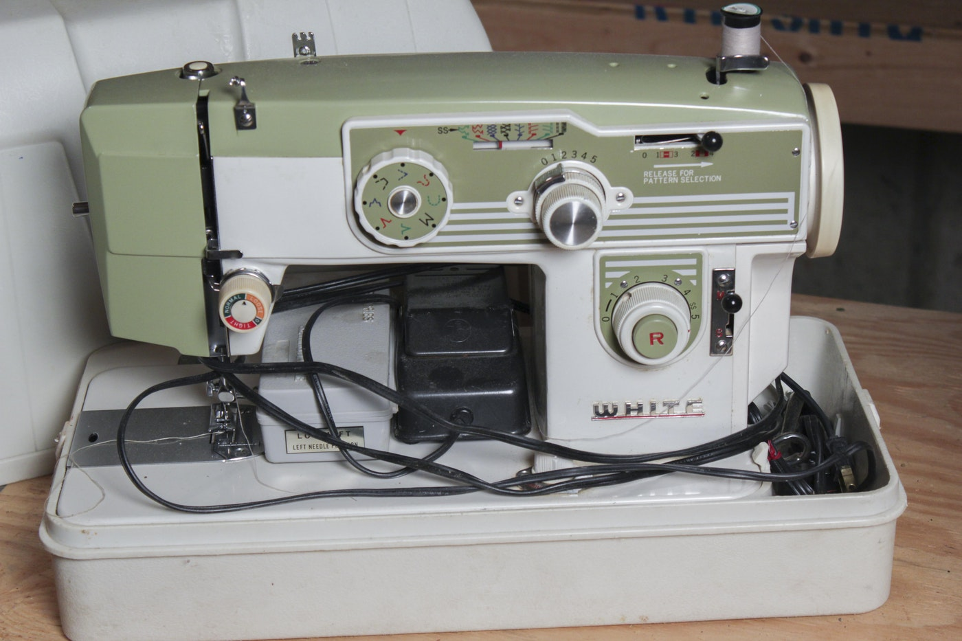 zig zag sewing machine manual