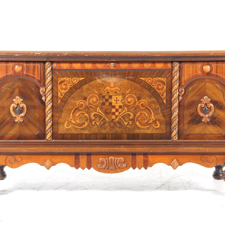 Vintage Lane Footed Cedar Chest - Online Furniture Auctions Vintage Furniture Auction Antique