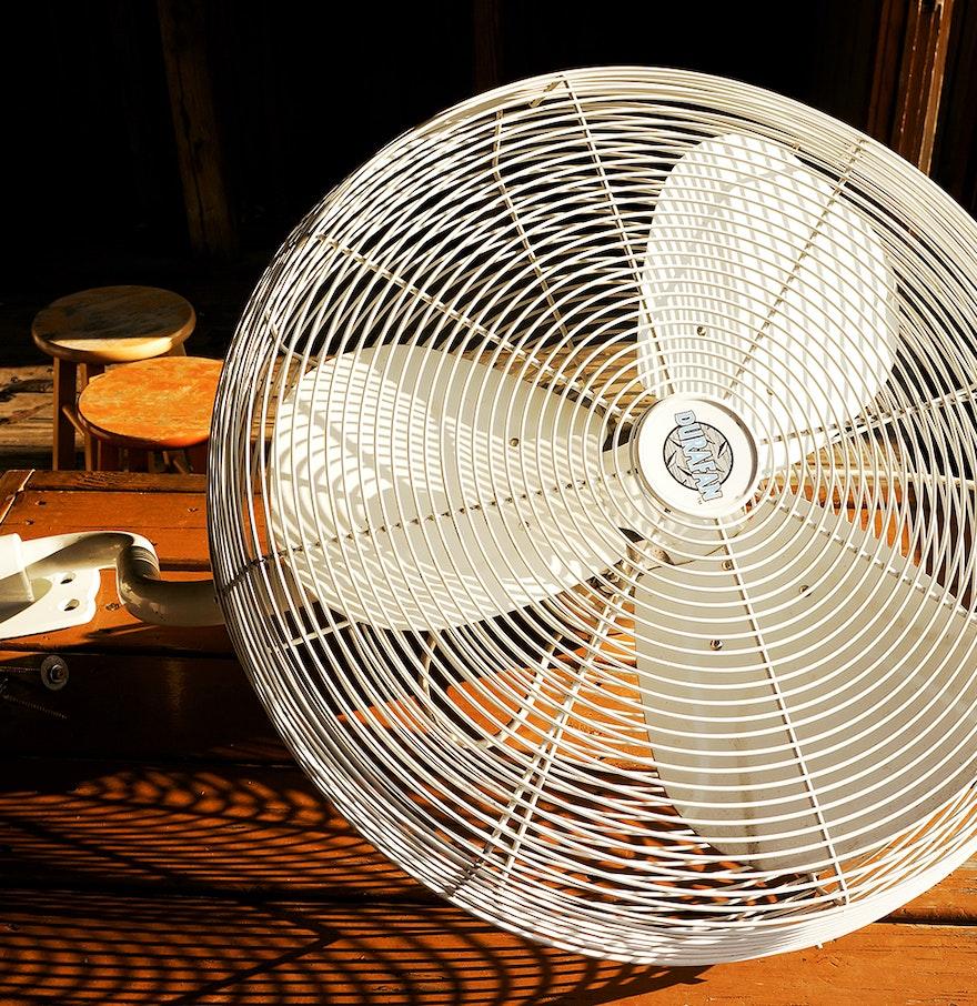 30 Indoor Outdoor Wall Fan : Indoor outdoor quot wall mounted durafan ebth