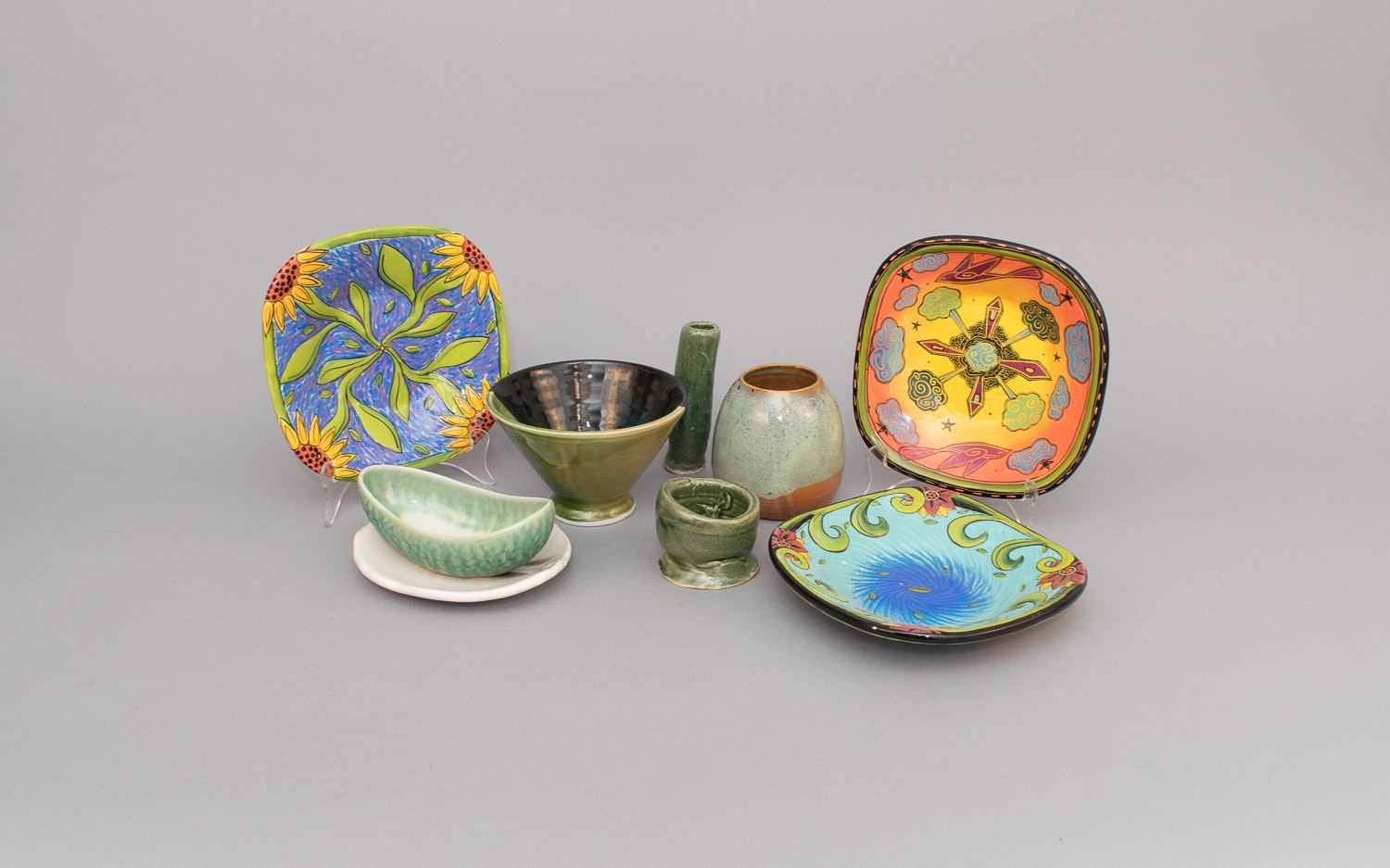 Group of Green/Blue Hand Thrown Pottery and Plates by Terri Kern ... & Group of Green/Blue Hand Thrown Pottery and Plates by Terri Kern : EBTH
