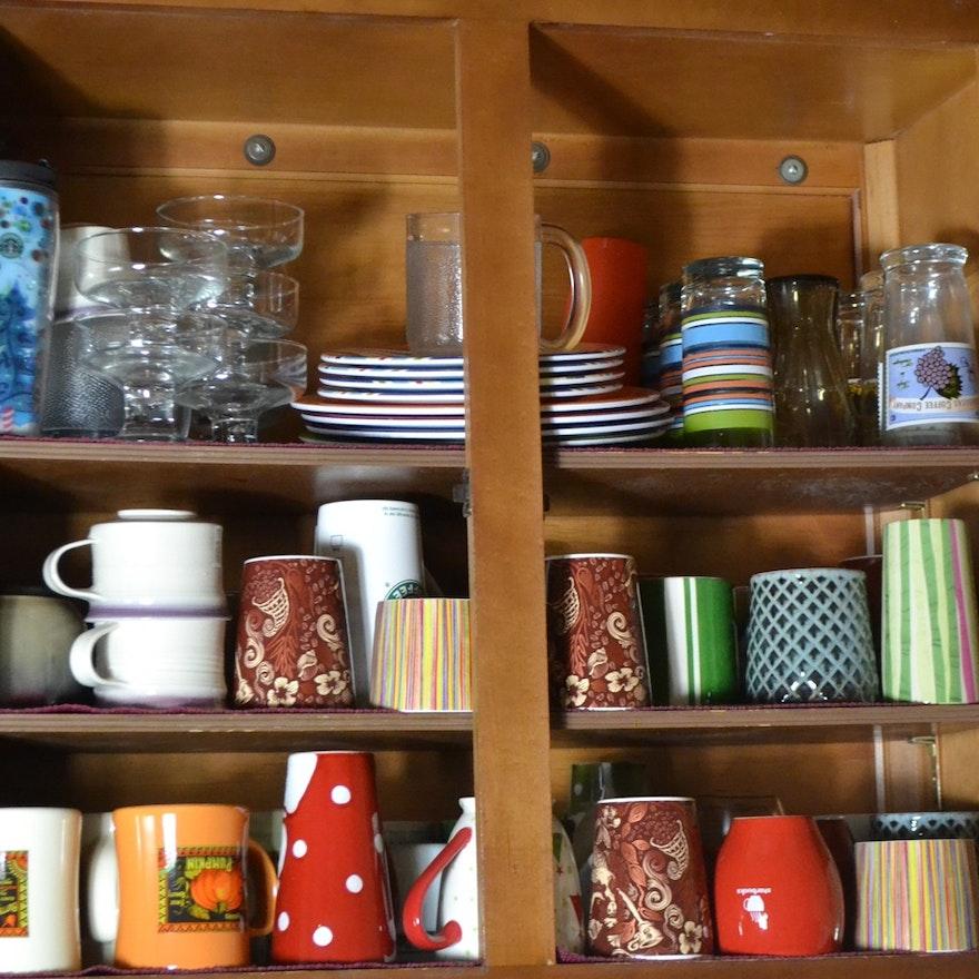 Cabinet With Coffee Mugs, Tumbers, Sherbet Glasses, Etc.