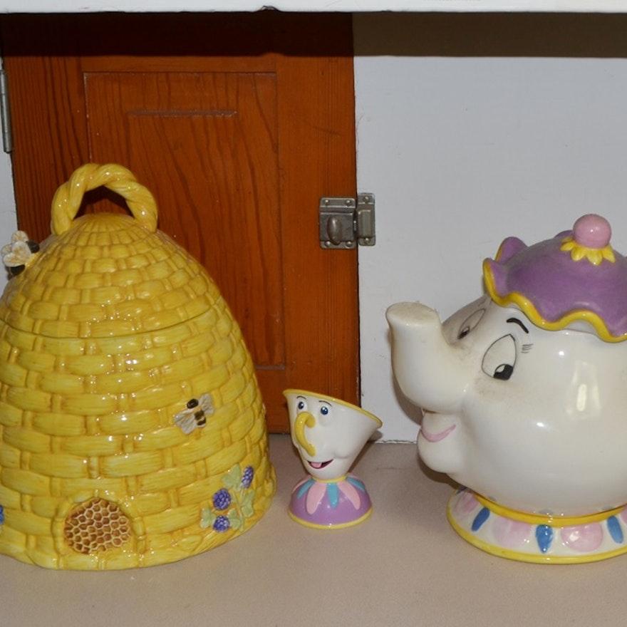 Pair Of Vintage Ceramic Cookie Jars