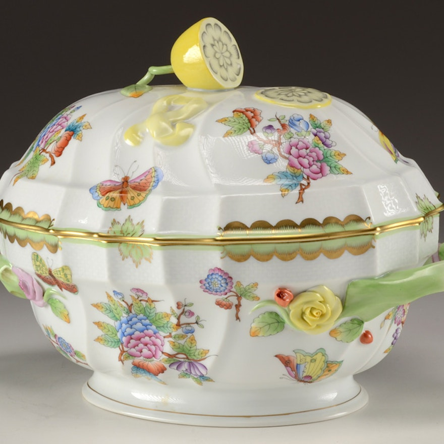 """Herend Hungary """"Queen Victoria"""" Covered Tureen"""