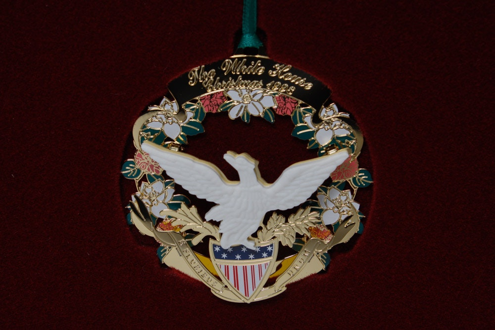 White House Historical Association Christmas Ornaments | EBTH