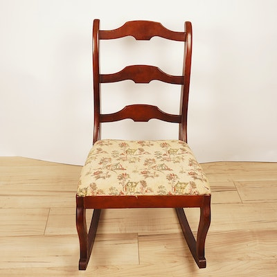 Small Cherry Statesville Furniture Company Ladder Back Rocker - Vintage Chairs, Antique Chairs And Retro Chairs Auction In