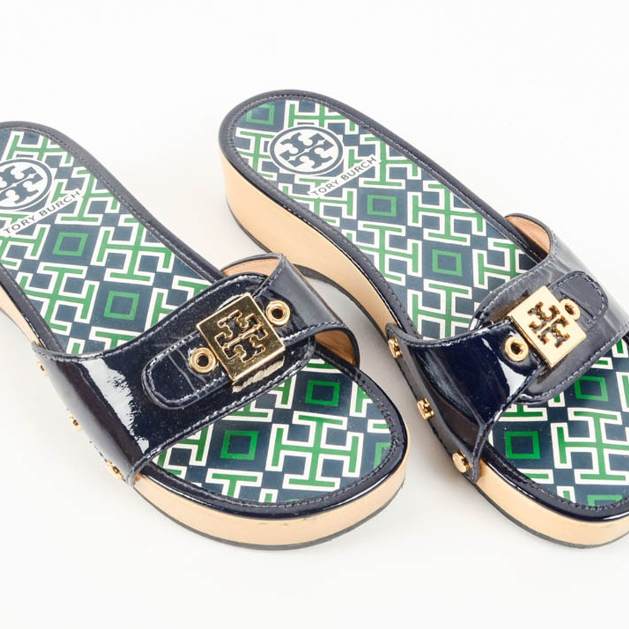 962422ec4e2c Pair of Tory Burch Sandals Size 6   EBTH