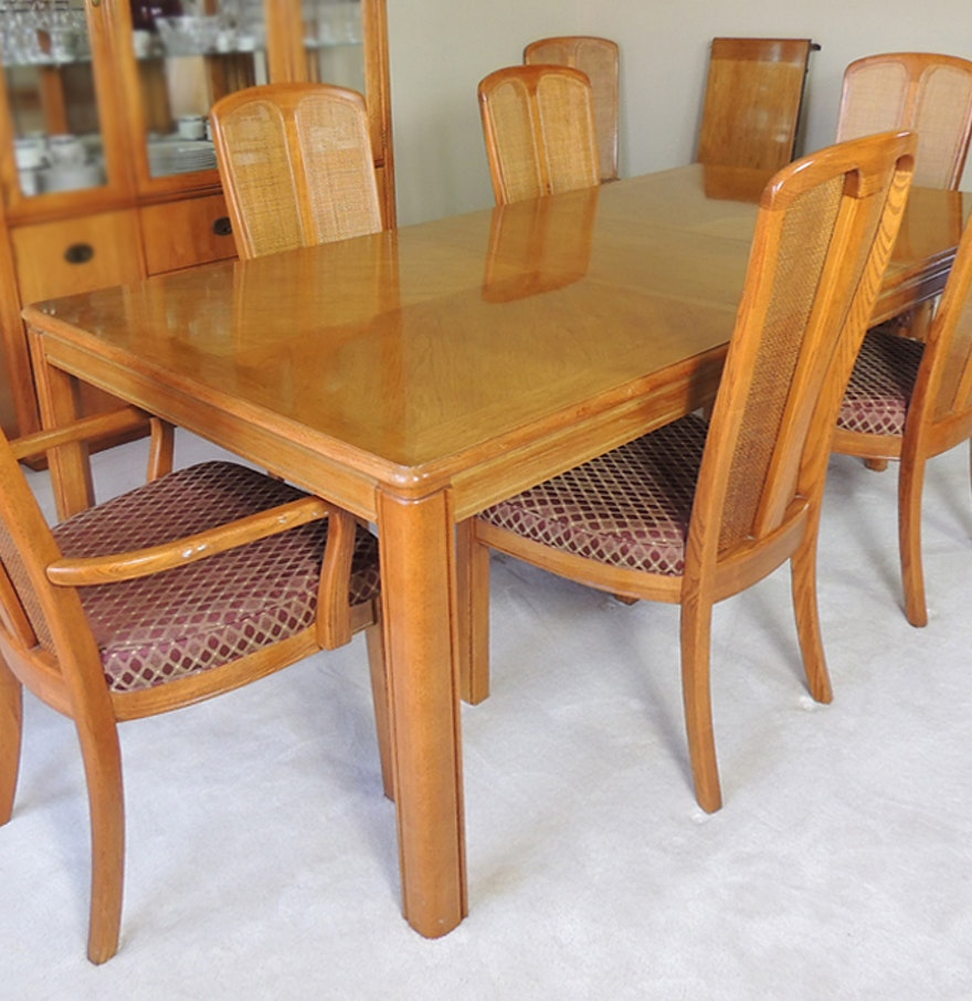 Oak Dining Table and Eight Chairs by Stanley Furniture : EBTH