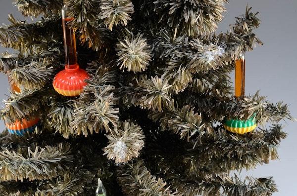 Vintage 9 Bubble Light Tabletop Christmas Tree : EBTH
