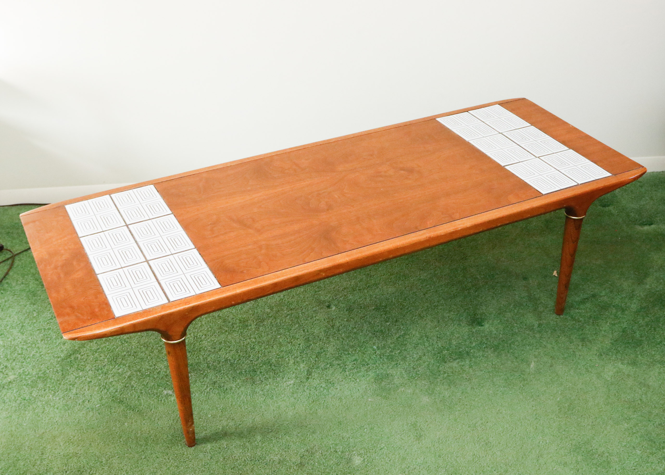 Lane Mid Century Modern Coffee Table with Tile Inlay EBTH