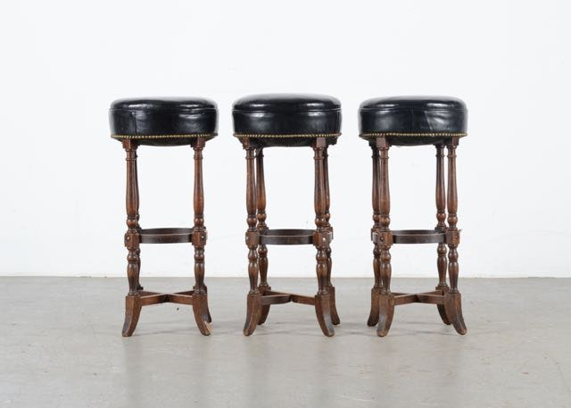 Trio of Leather Bar Stools with Nailhead Trim EBTH : DSC0161jpgixlibrb 11 from www.ebth.com size 880 x 906 jpeg 82kB