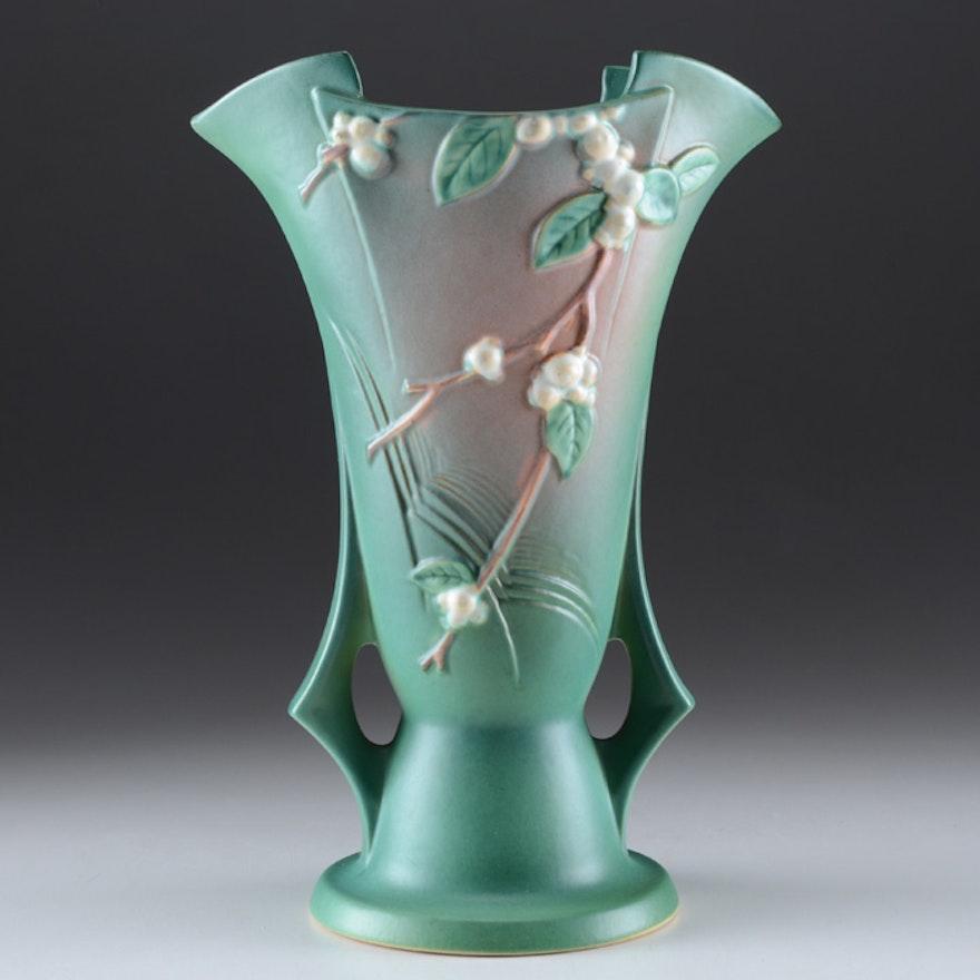 Roseville Snowberry Vase In Green Ebth