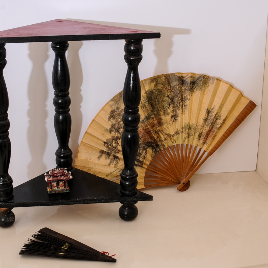 Prime Pair Of Asian Fans And Corner Table Interior Design Ideas Grebswwsoteloinfo