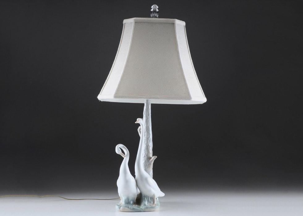 Nao By Lladro Daisa Porcelain Goose Table Lamp Ebth