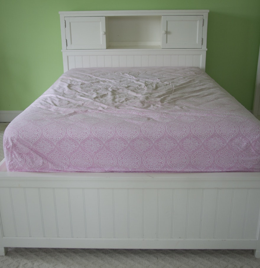 pottery barn teen beadboard storage bed ebth. Black Bedroom Furniture Sets. Home Design Ideas