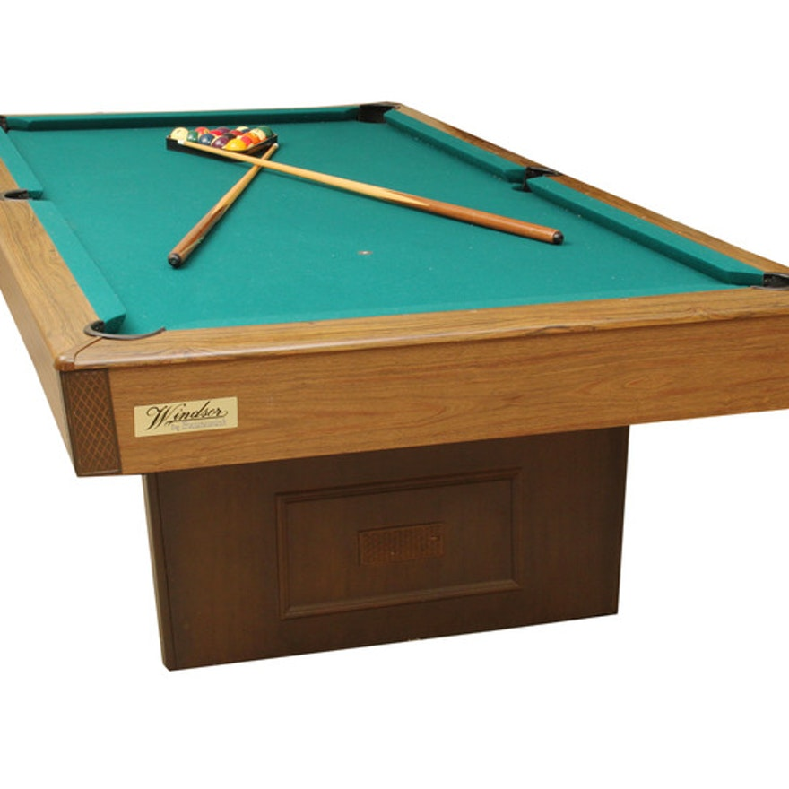 Windsor By Brunswick Pool Table EBTH - Brunswick windsor pool table